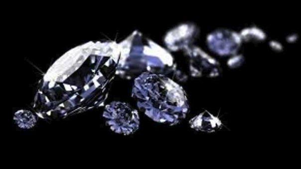 Ένα δακτυλίδι με 12.638 διαμάντια στο βιβλίο των ρεκόρ Γκίνες