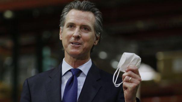 Καλιφόρνια: Θα απαγορευτούν οι συναθροίσεις και οι μη αναγκαίες δραστηριότητες