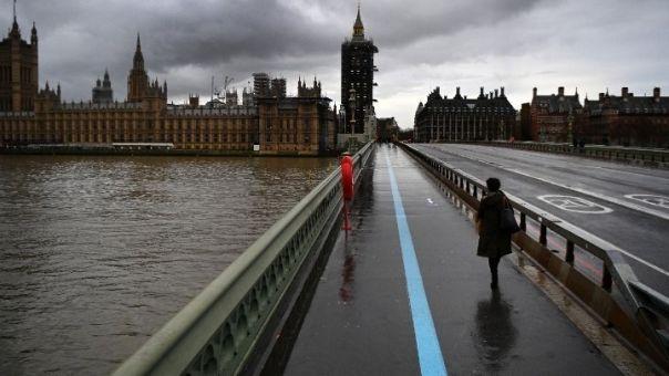 Αγγλία: Κλειστά σχολεία μέχρι τουλάχιστον 8 Μαρτίου- Σε ξενοδοχεία η καραντίνα διεθνών αφίξεων