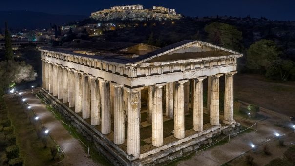 Αυτός είναι ο νέος φωτισμός σε ναό Ηφαίστου, μνημείο Φιλοπάππου- Με υπογραφή της Ντεκώ (pics,vid)