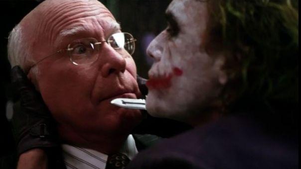 Ποιος είναι ο Αμερικανός γερουσιαστής που έχει εμφανιστεί σε πέντε ταινίες Batman