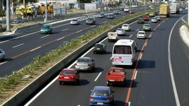 Tι αλλάζει στα διπλώματα οδήγησης στην εξέταση- Πρακτικά μαθήματα από τα 17