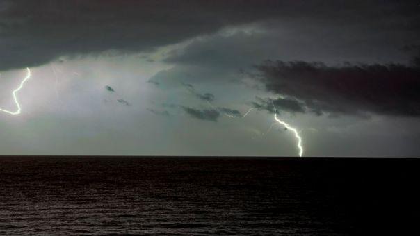 ΕΜΥ: Έκτακτο δελτίο επιδείνωσης καιρού- Καταιγίδες, χαλαζοπτώσεις και θυελλώδεις άνεμοι
