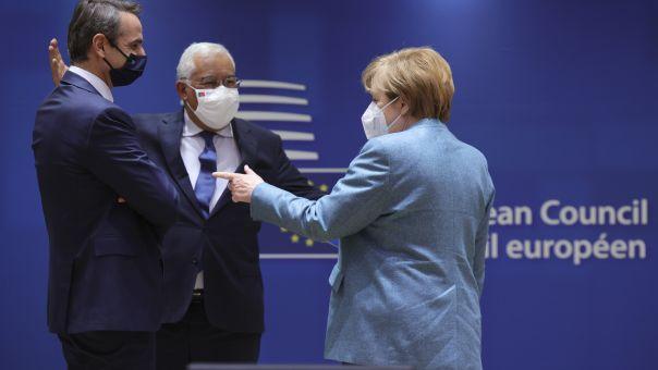 ΕΕ: Συναγερμός για τις μεταλλάξεις – Απαγόρευση μετακινήσεων στο μπλοκ θέλει η Μέρκελ