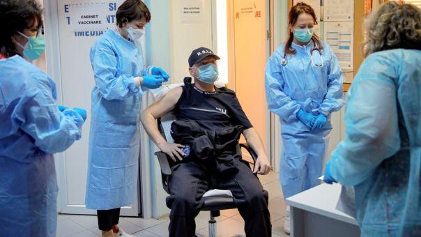 Κορωνοϊός: Η Ρουμανία εμβολιάζει τους αστέγους