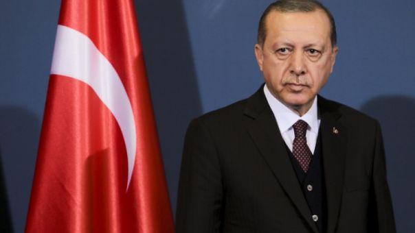 Ο Ερντογάν ανακοίνωσε νέους περιορισμούς, καθώς αυξάνονται καθημερινά τα κρούσματα Covid