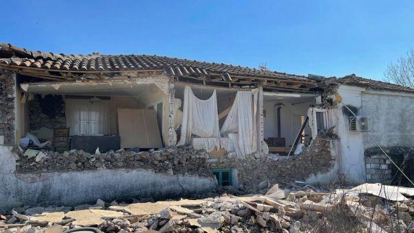 Σεισμός - Ελασσόνα: Κατέληξε ο ηλικιωμένος που σώθηκε από τα 6,3 Ρίχτερ
