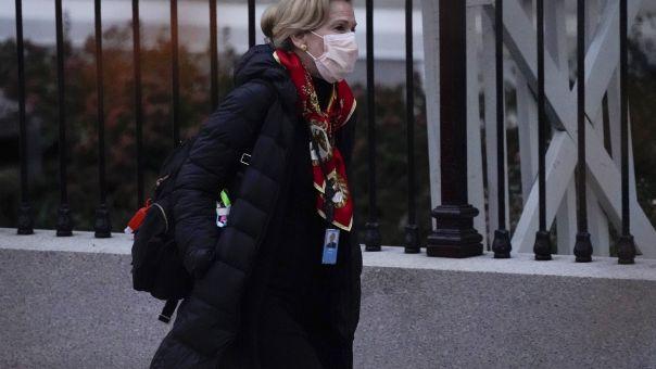 Δρ. Μπερξ: Η επιστήμονας που ύψωσε ανάστημα σε Τραμπ για κορωνοϊό και το άβολο τηλεφώνημα