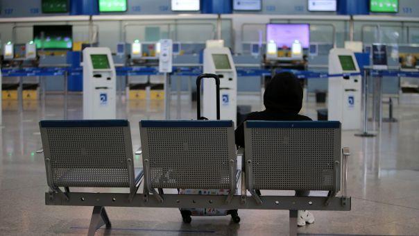 Παρατείνονται οι περιορισμοί στις πτήσεις εσωτερικού έως τη Δευτέρα 12 Απριλίου