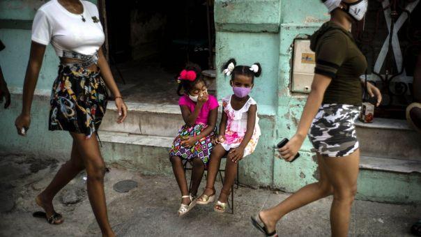 Κούβα: Τρεις νεκροί και 807 νέα κρούσματα κορωνοϊού