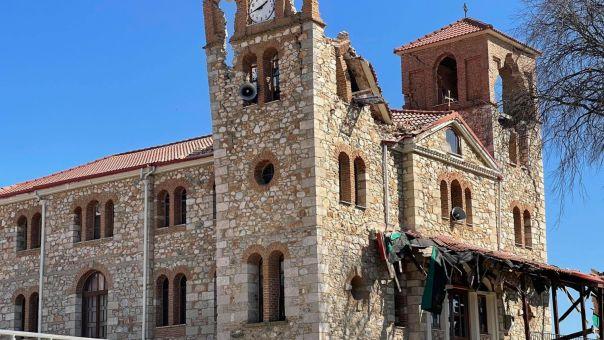 Σεισμός- Ελασσόνα: Ζημιές στον ιερό ναό Αγίου Δημητρίου στο Μεσοχώρι (PIC)
