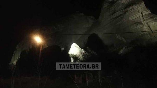 Αποκολλήθηκε βράχος στα Μετέωρα από τον σεισμό των 5,9 Ρίχτερ (pics)