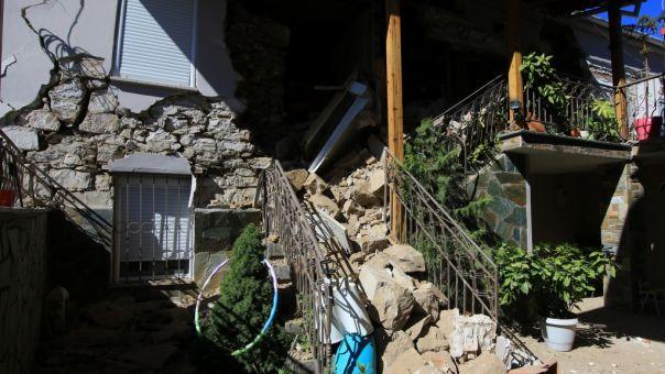 Σεισμός - Θεσσαλία: Μη κατοικήσιμα πάνω από 200 σπίτια σε Ελασσόνα και Τύρναβο