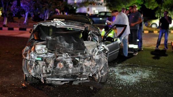 Η σύγκρουση αυτοκινήτου με 64χλμ/ώρα αυξάνει τον κίνδυνο για σοβαρό τραυματισμό των επιβατών