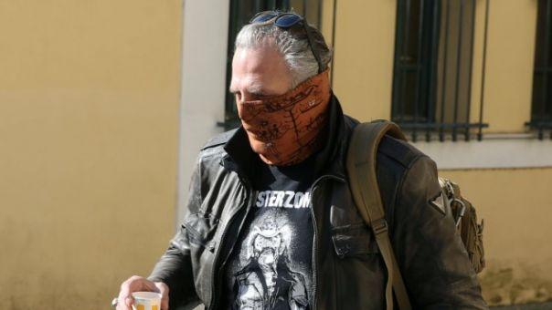 Δεκαοκτώ νέους φακέλους παρέδωσε ο Τσαρούχας σε εισαγγελέα -Καταγγελίες για 3 ηθοποιούς