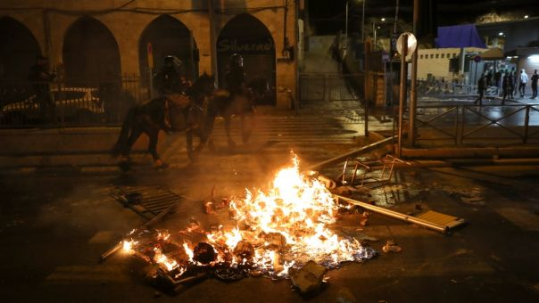 Ισραήλ: Πάνω από 100 τραυματίες σε νυχτερινές συγκρούσεις στην Ιερουσαλήμ