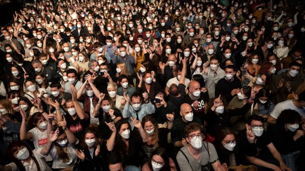 Γαλλία: Δοκιμαστικές συναυλίες τον Μάιο, μετά το πείραμα της Βαρκελώνης