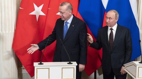«Χαλιναγώγηση» Πούτιν σε Ερντογάν για Συνθήκη Μοντρέ: Απαραίτητη για σταθερότητα-ασφάλεια