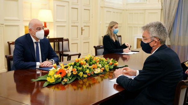 Συνάντηση Δένδια-Πάιατ - Πρέσβης ΗΠΑ:  Φιλόδοξη η ατζέντα της Ελλάδας στην Ανατολική Μεσόγειο