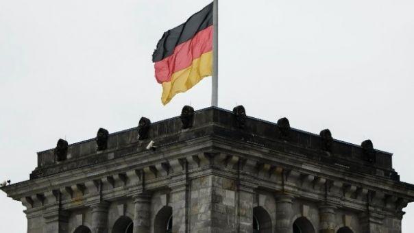 Εκλογές Γερμανίας-δημοσκόπηση: Πρώτοι οι Πράσινοι και η Αναλένα Μπέρμποκ