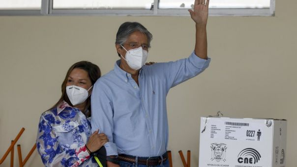 Ισημερινό: Μπροστά στις προεδρικές εκλογές ο δεξιός Γκιγιέρμο Λάσο