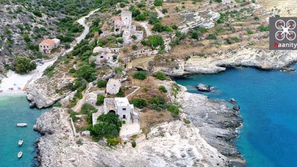 Μέζαπος Μάνης: Το δαιδαλώδες λημέρι του μονόφθαλμου πειρατή Σάσσαρη-Tον έτρεμαν οι Τούρκοι (vid)