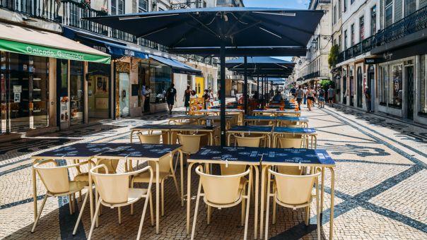 Πορτογαλία: Ανοίγουν και πάλι μουσεία, γυμνάσια και οι ταράτσες των καφέ