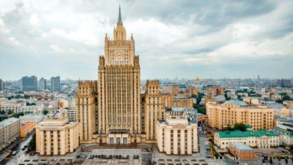Η Ρωσία απελαύνει την ακόλουθο Τύπου της αμερικανικής πρεσβείας στην Μόσχα