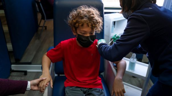 Pfizer-Μoderna: Δοκιμές εμβολίων σε παιδιά από 6 μηνών έως 11 ετών στις ΗΠΑ