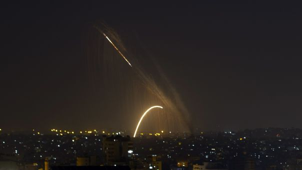 Λωρίδα της Γάζας: Περίπου 1.500 ρουκέτες εκτοξεύθηκαν tη Δευτέρα εναντίον του Ισραήλ