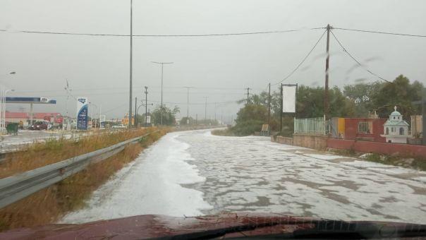 Κεφαλονιά: Καταιγίδα με έντονη χαλαζόπτωση στο Αργοστόλι (pics+vid)