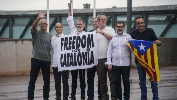 Ισπανία: Εκτός φυλακής οι εννέα αυτονομιστές Καταλανοί ηγέτες
