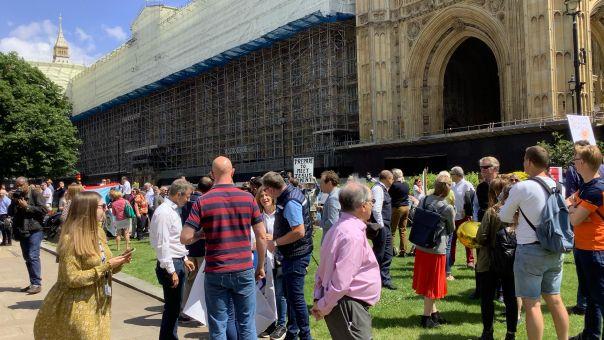 «Ημέρα δράσης» κατά των περιορισμών στα ταξίδια από παράγοντες του βρετανικού τουρισμού