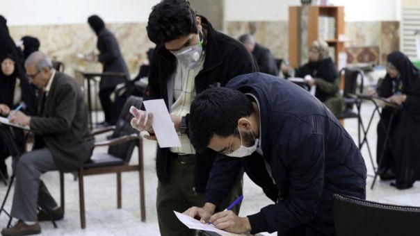 Ιράν: Σχεδόν 10.500 κρούσματα κορωνοϊού το τελευταίο 24ωρο