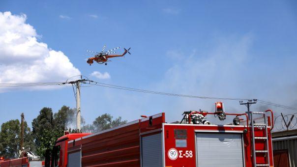 Υπό έλεγχο η πυρκαγιά σε βυτιοφόρο με προπάνιο στα Νεόκτιστα Ασπροπύργου
