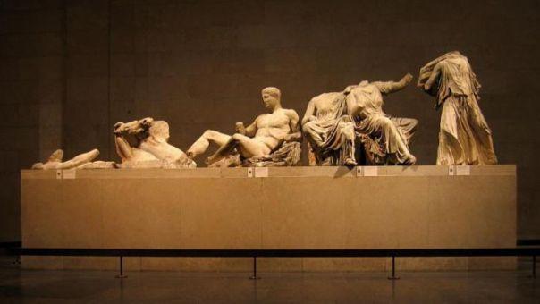 Τη νομική οδό για τη διεκδίκηση των Γλυπτών προτείνει στην Αθήνα ο Τζέφρι Ρόμπερτσον
