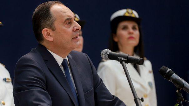 Τι δηλώνει ο Πλακιωτάκης για την απελευθέρωση του Έλληνα ναυτικού που είχε απαχθεί από πειρατές