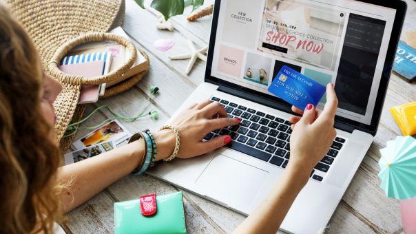 Επιδότηση 5.000 ευρώ για e-shop: Υποβλήθηκαν 11.500 αιτήσεις- Έρχεται β΄κύκλος εντός του Απριλίου