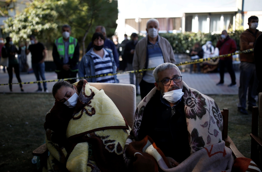 Τουρκία-Σεισμός: Μάχη με το χρόνο - Μειώνονται οι ελπίδες για επιζώντες